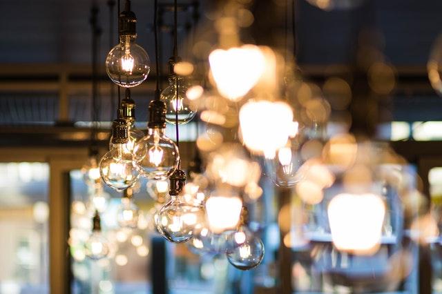 Избор на подходящо осветление за дома